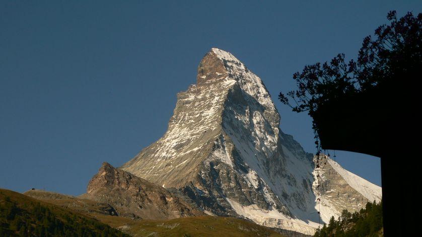 Mont Cervin (4478 m)  à la frontière italo-suisse