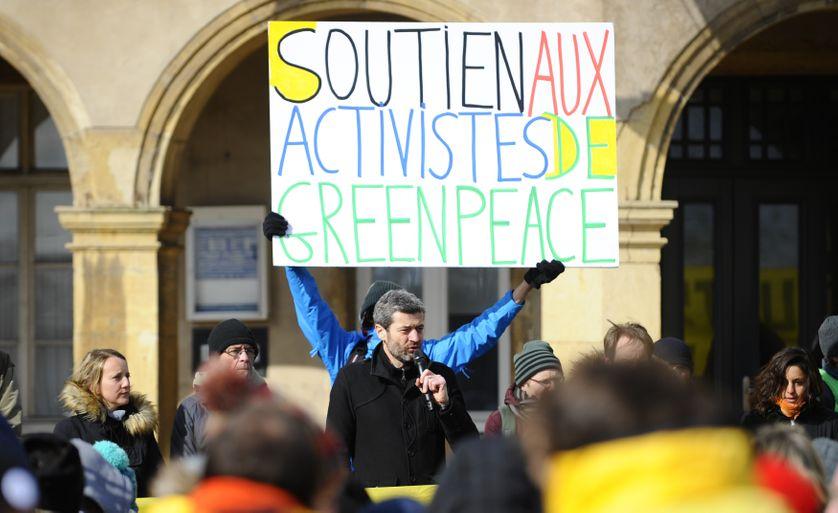 Jean-François Julliard, directeur de Greenpeace France, lors d'un rassemblement devant le tribunal correctionnel de Thionville (55), mardi 27 février