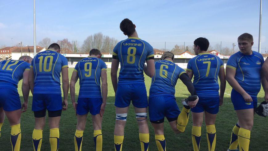 80 joueurs, entraîneurs et dirigeants Ukrainiens ont rallié le Périgord pour des matchs amicaux