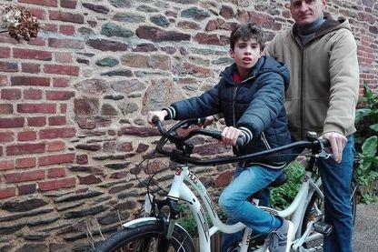 Gino et Agnès, les parents de Mathieu, ont importé le HugBike d'Italie où il a été créé