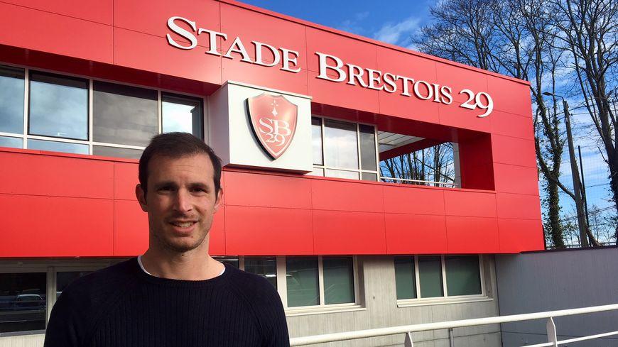 Grégory Lorenzi au siège du club.