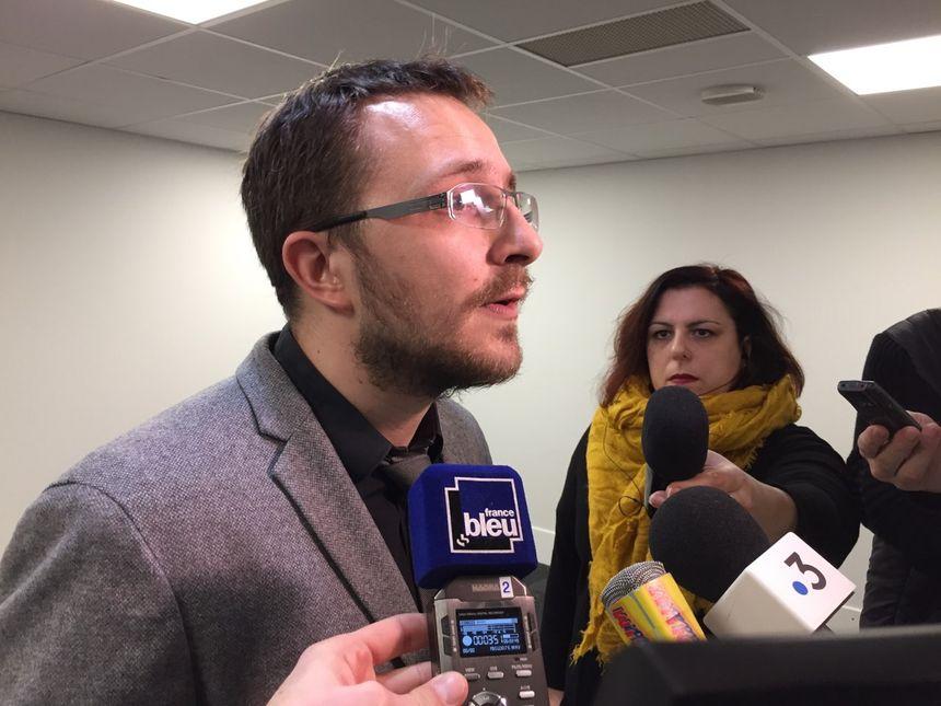 """""""Tant que la CNSCG n'aura pas décidé du maintien en Ligue Magnus, personne ne sera soulagé,"""" selon Florent Casolari"""
