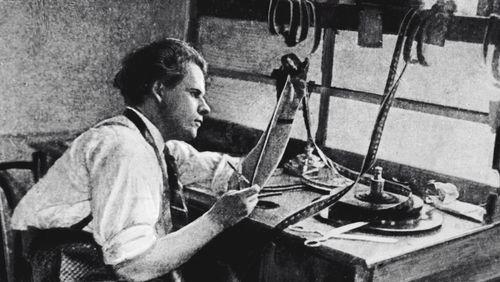 Épisode 4 : Koulechov, Vertov, Eisenstein... Les pionniers du cinéma soviétique