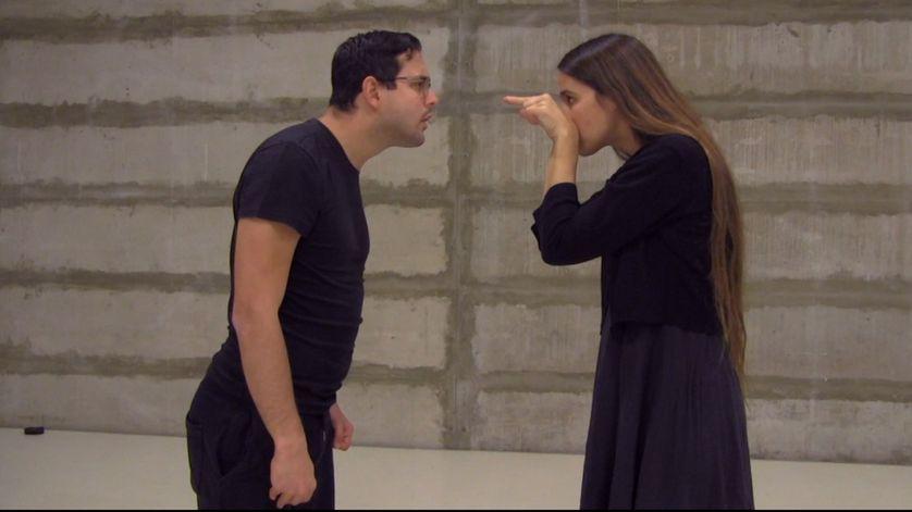 """Lee et Alon,  dans """"Signer"""", de Nurith Aviv"""