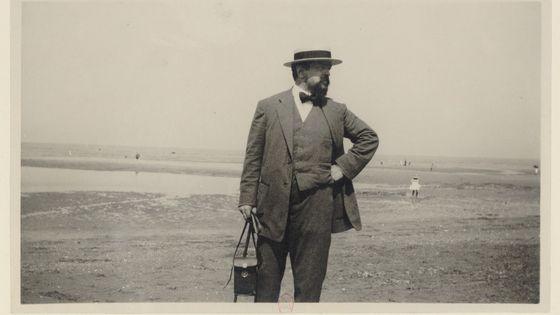 Claude Debussy sur la plage d'Houlgate