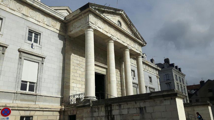 Le tribunal correctionnel de Pau