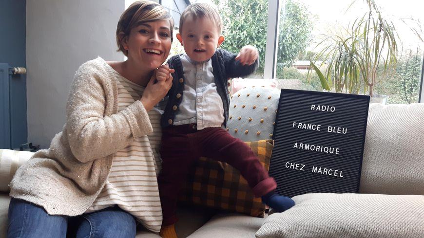 L'EXTRAordinaire Marcel avec sa maman Carole