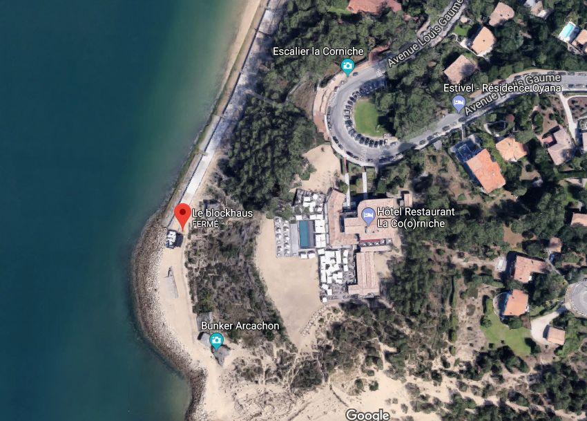 La position du Blockhaus, à gauche, au pied de la dune du Pyla.