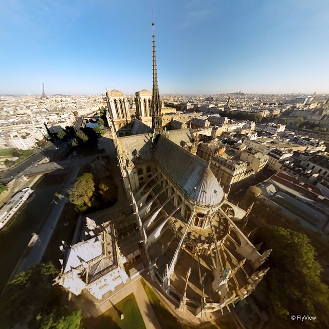 L'attraction permet de voir les plus grands monuments de Paris sous des angles inédits