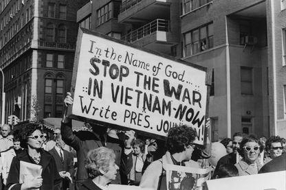 Manifestation contre la guerre au Vietnam aux Etats-Unis