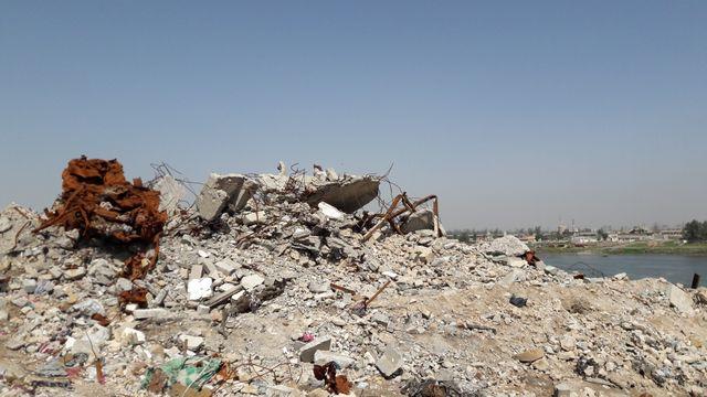 La vieille ville de Mossoul, avec en arrière-plan le Tigre.