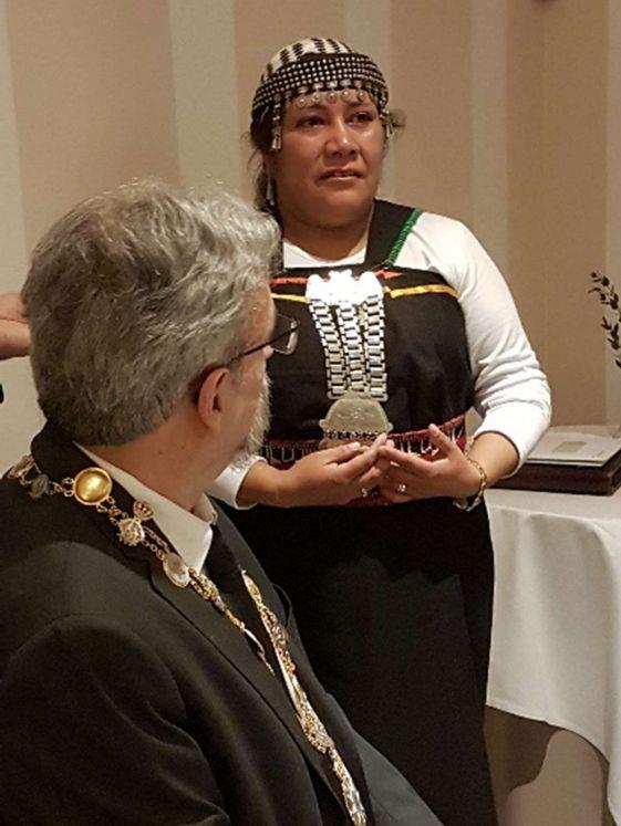 Une délégation Mapuche de Puerto Montt, du Chili, était présente pour l'occasion.