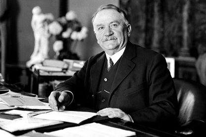 Gaston Doumergue, président du Conseil en 34, après avoir été président de la République
