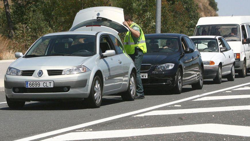 Des contrôles routiers effectués par la Guardia Civil espagnole (illustration)