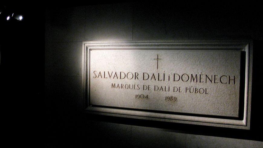 La crypte où est enterré Salvado Dali à Figueres
