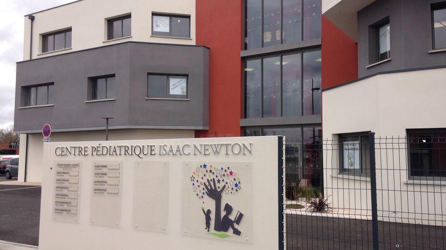 Le centre pédiatrique est à Plaisance-du-Touch, au carrefour du Gers et de l'agglomération toulousaine.