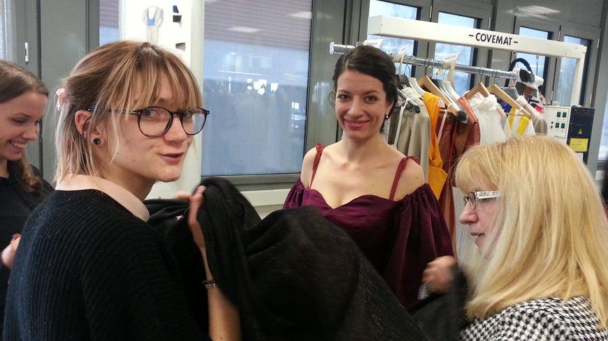 La robe de Violetta a été dessinée et conçue par les élèves