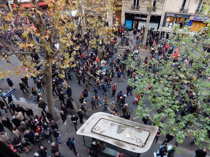 Le cortège du 16 novembre dernier, depuis l'hôtel où sont comptés les manifestants à Paris.