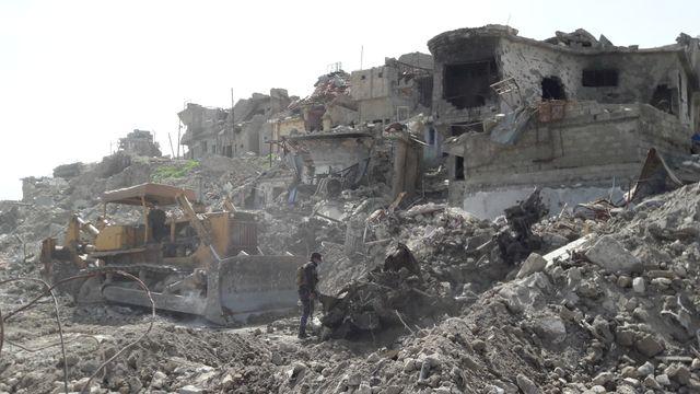 Au bord du Tigre, les ruines de la vieille ville.