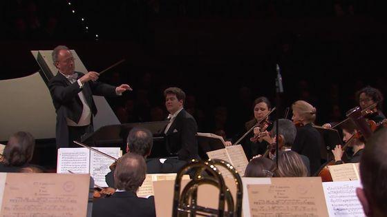 Denis Matsuev joue le Concerto pour piano et orchestre n°3 de Sergueï Rachmaninov avec l'Orchestre national de France sous la direction d'Emmanuel Krivine