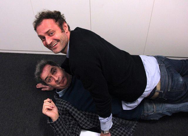 """""""Séance de yoga"""" par François Morel et Augustin Trapenard"""