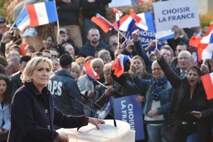 Lors du congrès de Lille, Marine Le Pen devra convaincre les militants de l'intérêt de changer le nom de son parti