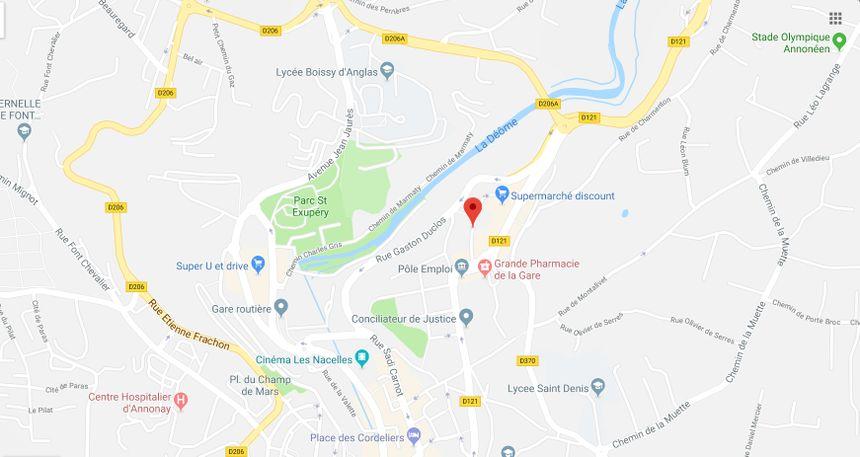 Un immeuble a pris feu dans l'avenue Marc Seguin d'Annonay.
