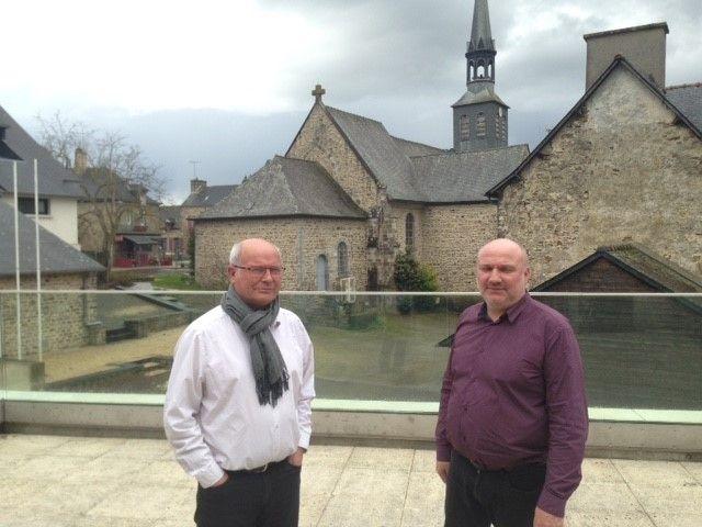 Le maire de la commune de la Bouëxière Stéphane Piquet (à droite) et son adjoint Pierre-Yves Le Bail (à gauche) n'ont pas réussi à annuler la décision de déplacer le SSR
