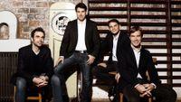 En blanc et noir ; le Quatuor Modigliani joue Saint-Saëns, Puccini et Korngold (en public à l'Alliance Française)