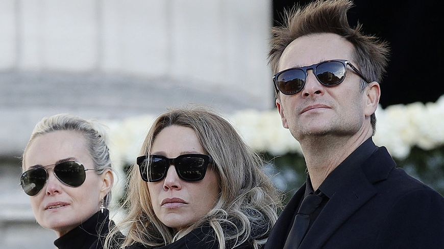 Laeticia Hallyday, Laura Smet et David Hallyday lors des obsèques de Johnny, le 9 décembre 2017.