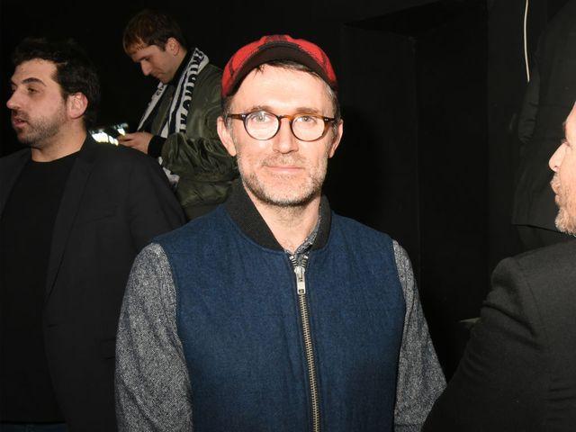 Loic Prigent, le journaliste français de la mode, qui nous régale à chaque fashion week, par ses innombrables tweets