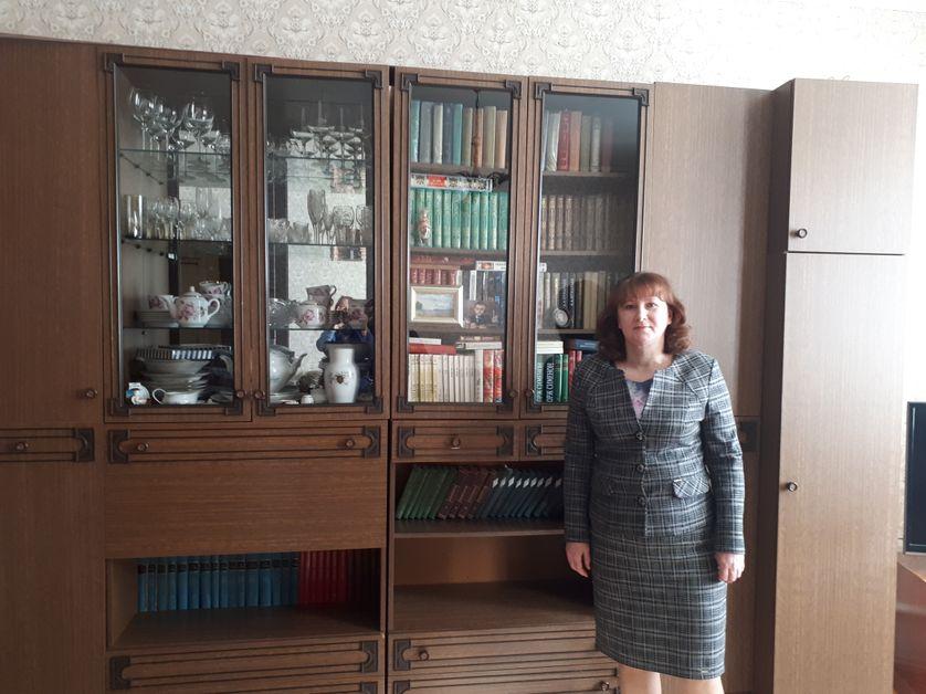 Albina Kournosova, institutrice, regrette le départ de si nombreux jeunes d'Ardatov, en quête de perspectives dans les grandes villes