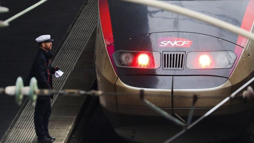 Le gouvernement souhaite transformer la SNCF.