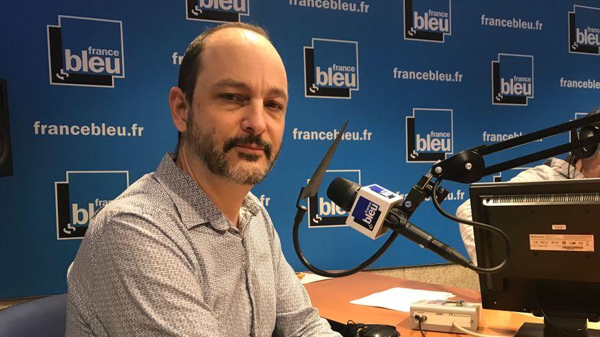 Professeur Olivier Epaulard, président de COREVIH (Comité de coordination de la lutte contre l'infection par le VIH) pour l'arc alpin