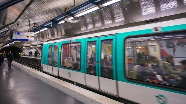 La couverture 3G/4G varie beaucoup d'une ligne à l'autre et d'une station à l'autre dans le métro parisien