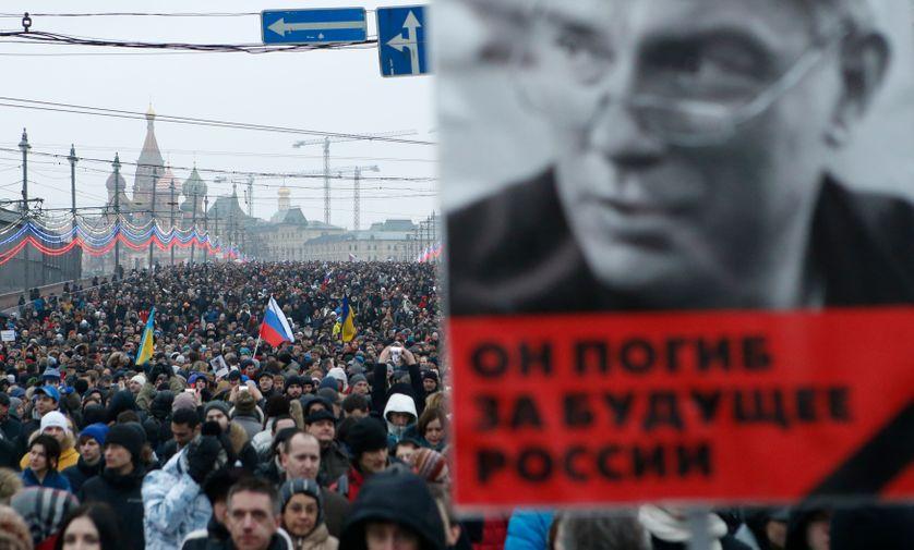 Manifestation à Moscou le 1er mars 2015 après l'assassinat de l'opposant Boris Nemtsov