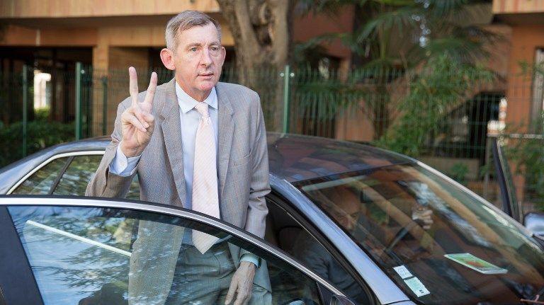 """Christophe Salengro, le """"président"""" de la présipauté de Groland, est mort à l'âge de 64 ans"""