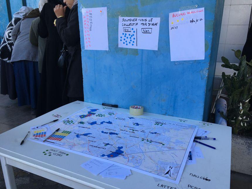 Les participantes étaient invitées à indiquer le quartier demandé avec une pastille verte, et celui obtenu avec une pastille rouge.
