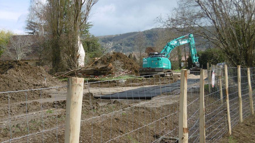 Les premiers travaux préparatifs ont commencé en vallée de la Dordogne