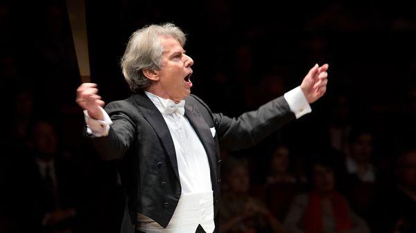 La Neuvième de Mahler vue par l'Orchestre philharmonique de Radio France sous la direction de Hartmut Haenchen