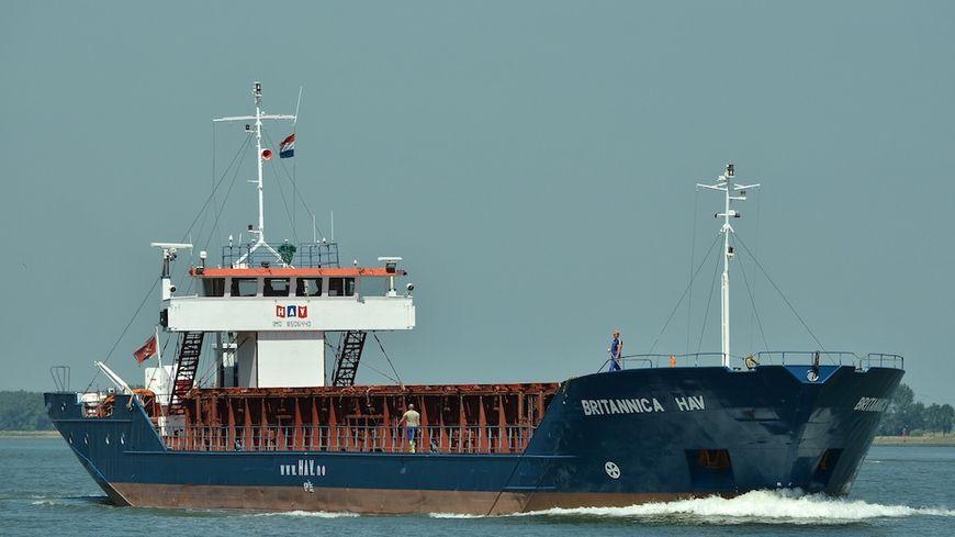 Malgré ses 82 mètres de long, le Britannica Hav éperonné sur son flanc gauche, avait peu de chances de résister à la collision.