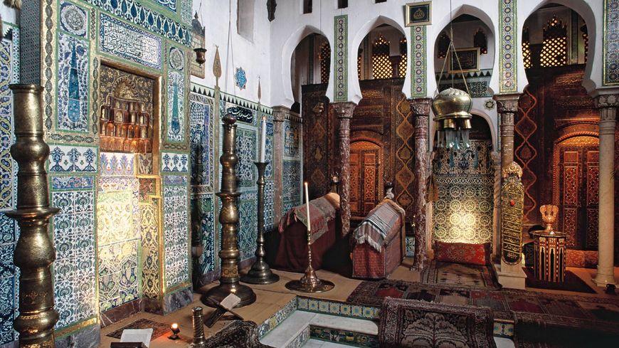 La mosquée, pièce maîtresse de la maison de Pierre Loti. Sa toiture menace de s'effondrer et son sauvetage est estimé à 350.000 euros.