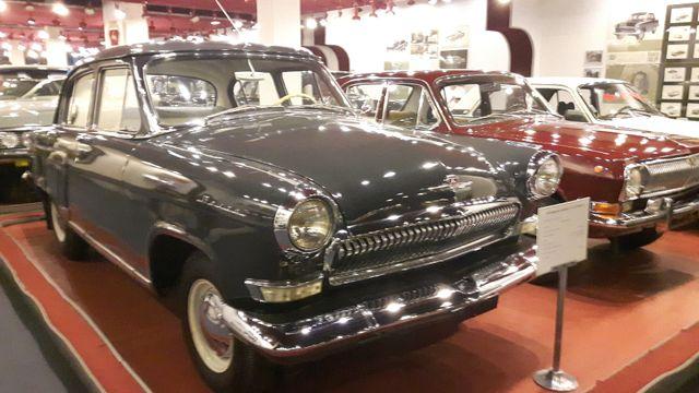 Les Volga, fierté de l'URSS, releguées au musée de l'usine de Nijni Novgorod