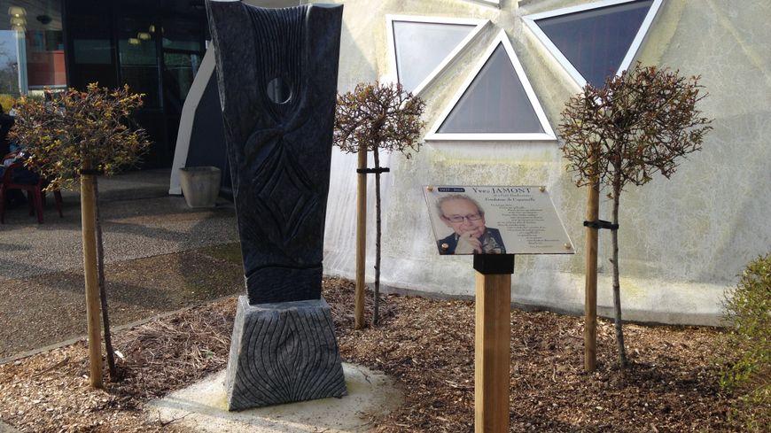 Copainville rend hommage à son fondateur, l'abbé Yves Jamont.