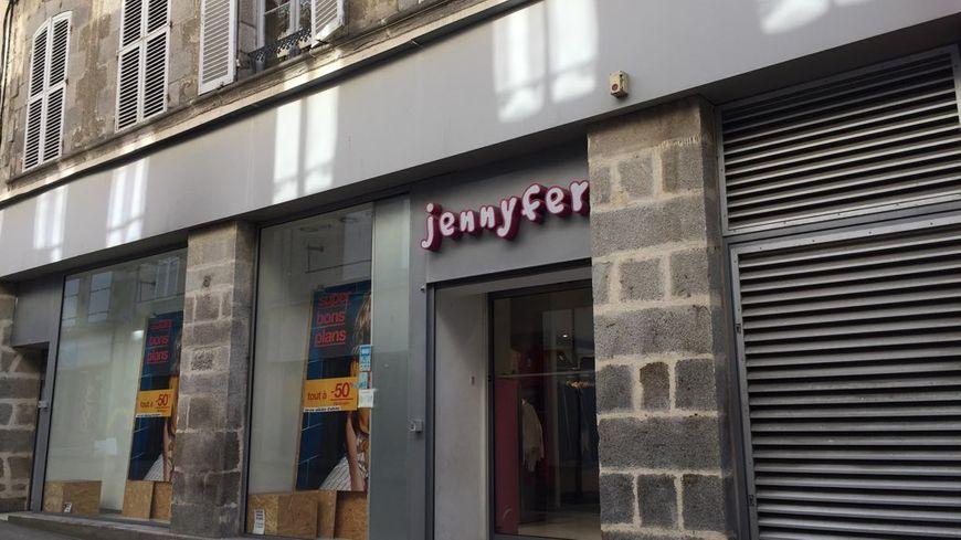 Guéret : la boutique de vêtements jennyfer baisse le rideau