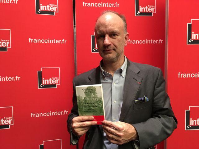 Guillaume Ancel, ancien officier, publie Rwanda, la fin du silence, aux éditions des Belles Lettres.