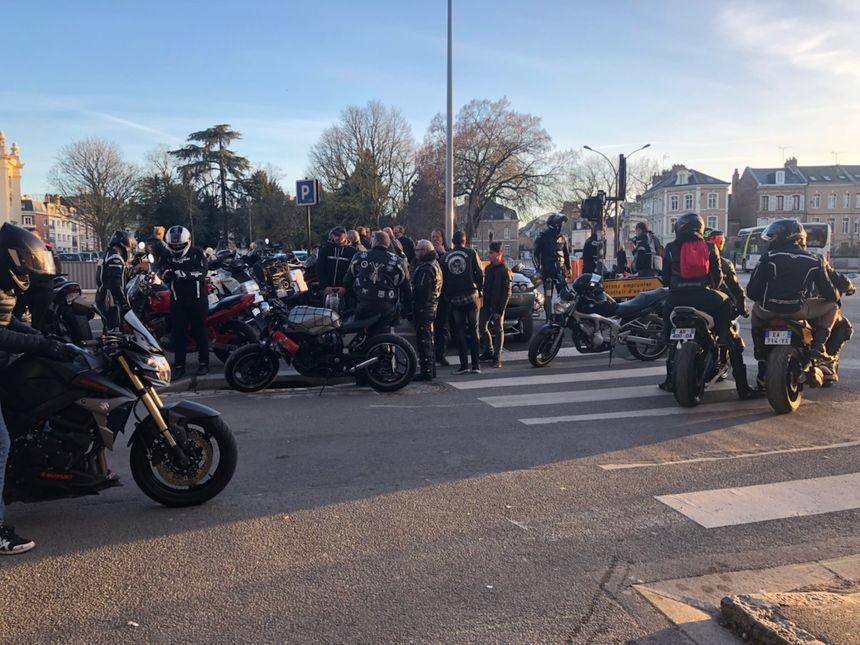 Les motards dénoncent l'abaissement de la vitesse à 80 km/h sur les routes secondaires