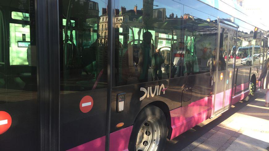 Bus Divia à Dijon