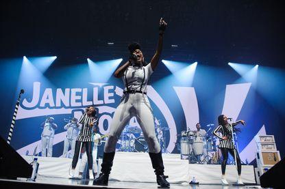 Janelle Monae lors d'un concert au Madison Square Garden (octobre 2015)
