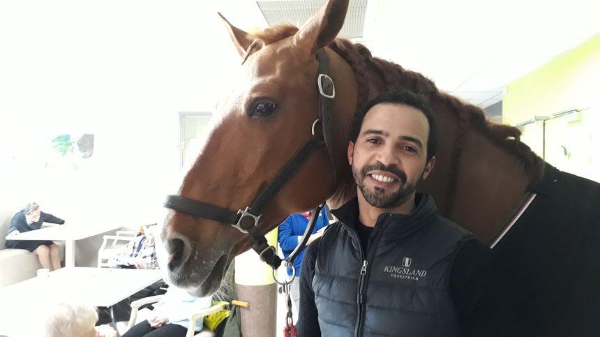 Hassen Bouchakour et Peyo, son cheval d'exception